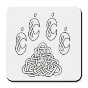 Intricate Celtic knotwork making a pawprint pattern