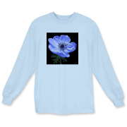 The rich blues in this anemone make a strong statement when you wear this gorgeous t-shirt!