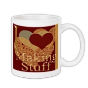 I love (heart) making stuff appears on this mug on both front and back. It makes a perfect gift for the crafter and is ideal for left handed or right handed people!